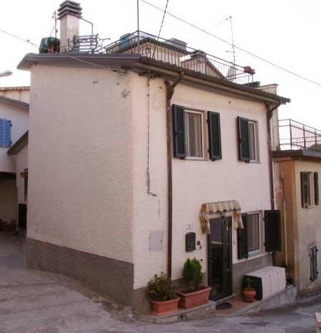Casa indipendente a Fivizzano - 01, Foto