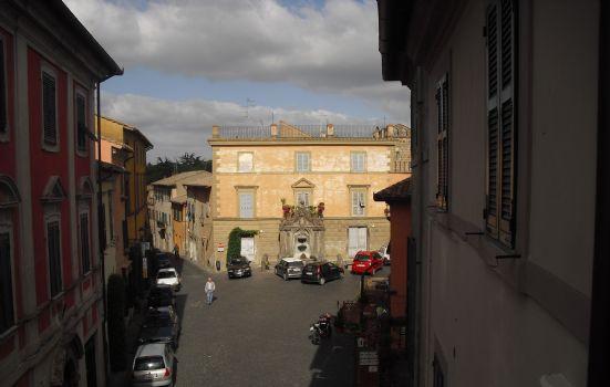 Appartamento da ristrutturare a Tuscania - 01, appartamento panoramico vendita tuscania
