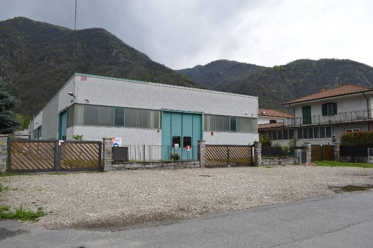 Capannone a Gravellona Toce - 01, Foto