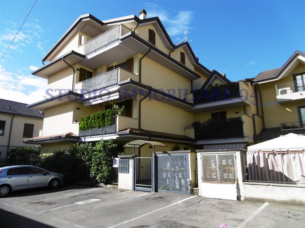 foto 1 di Bilocale con Giardino in via san martino Seveso - Rif. b51