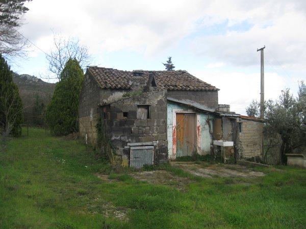 foto 1 di Rustico via autamone Piana di Monte Verna - Rif. 34