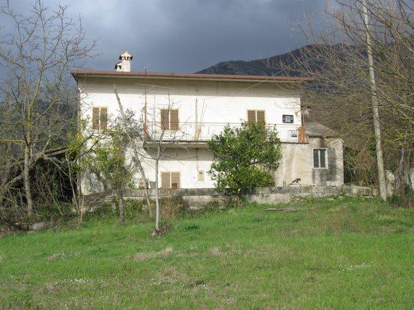 foto 1 di Vendo rustico via statale Gioia Sannitica - Rif. 204