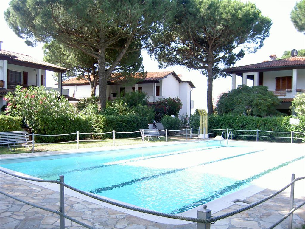 foto 1 di Villa via raffaello sanzio 288 - Rif. swimming